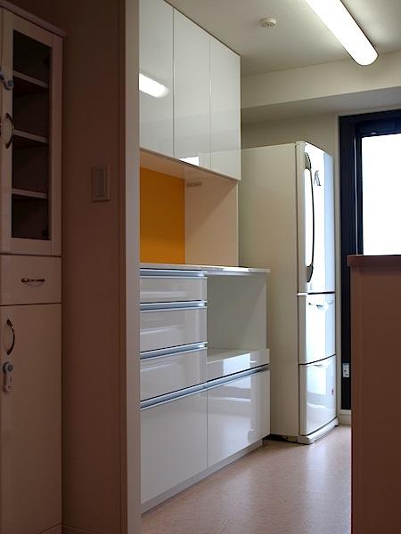 アクセントパネル付キッチン収納 イメージ