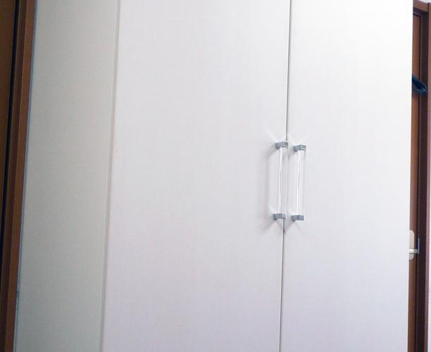 シンプルで機能的な洋服収納 イメージ