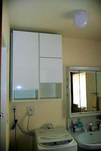 洗面所の吊り戸棚 イメージ