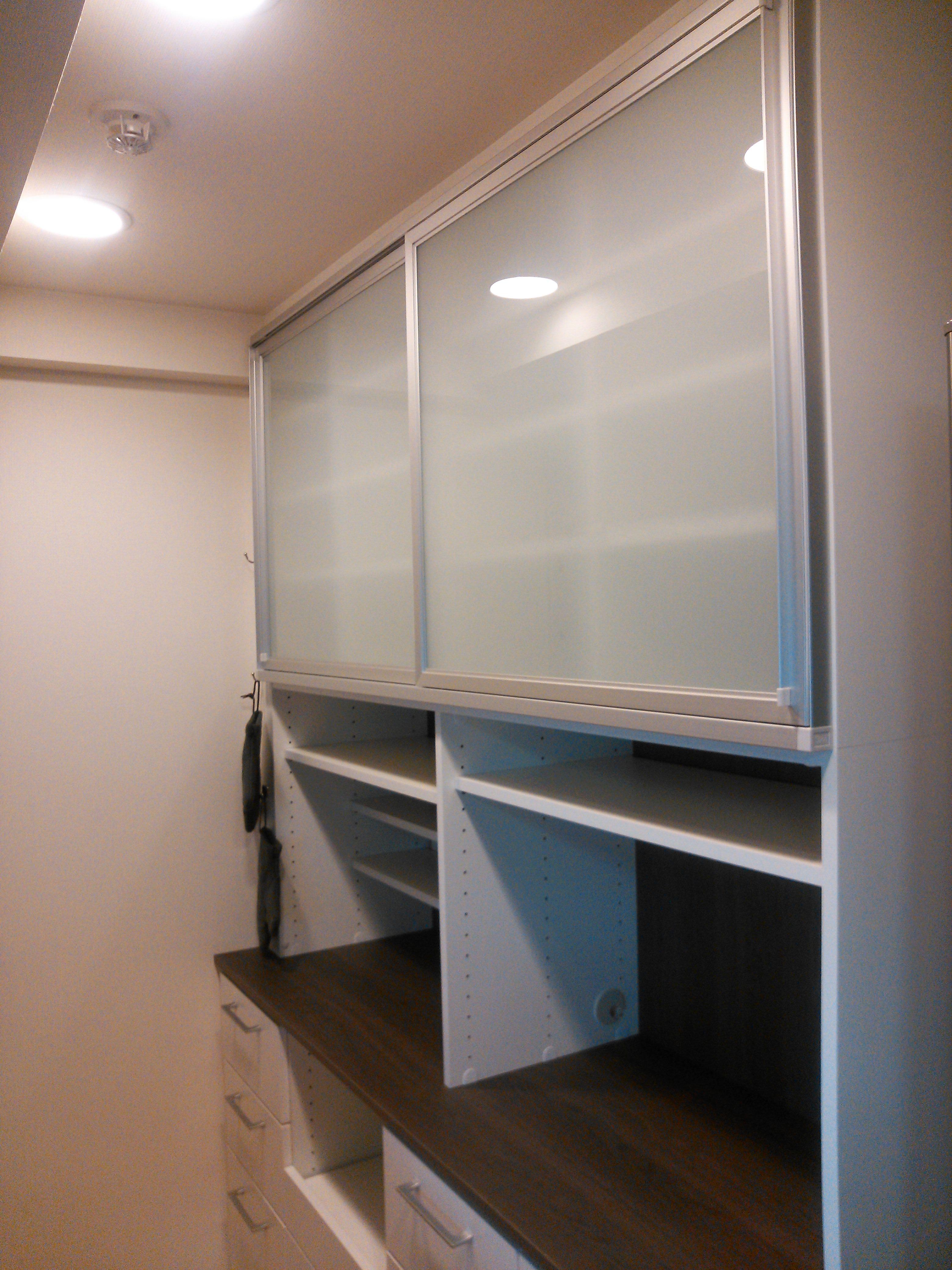 引違扉と引出いっぱいのキッチン収納 イメージ